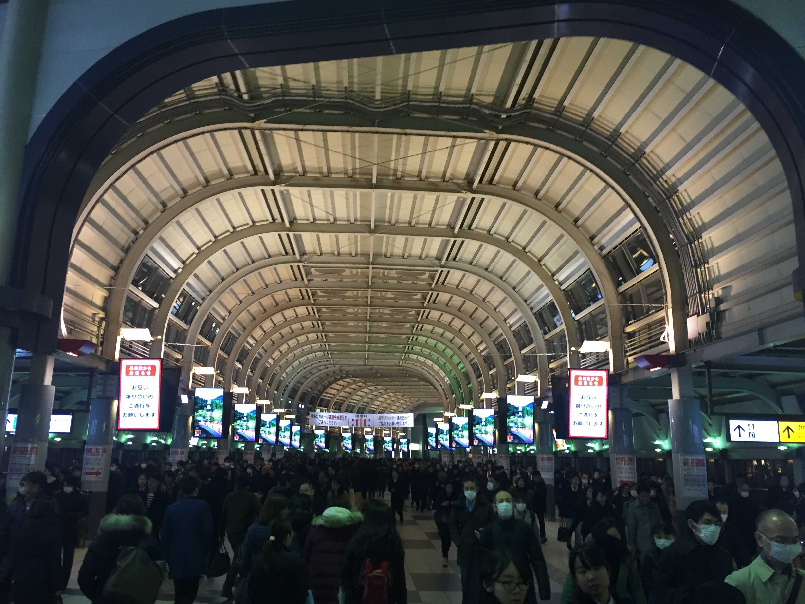 JR品川駅 高輪口側の自由通路