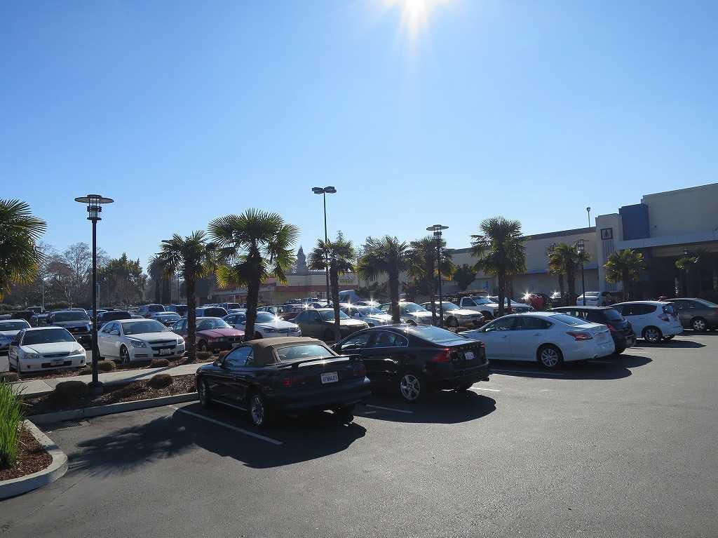 アメリカ - ターゲット(Target)の駐車場