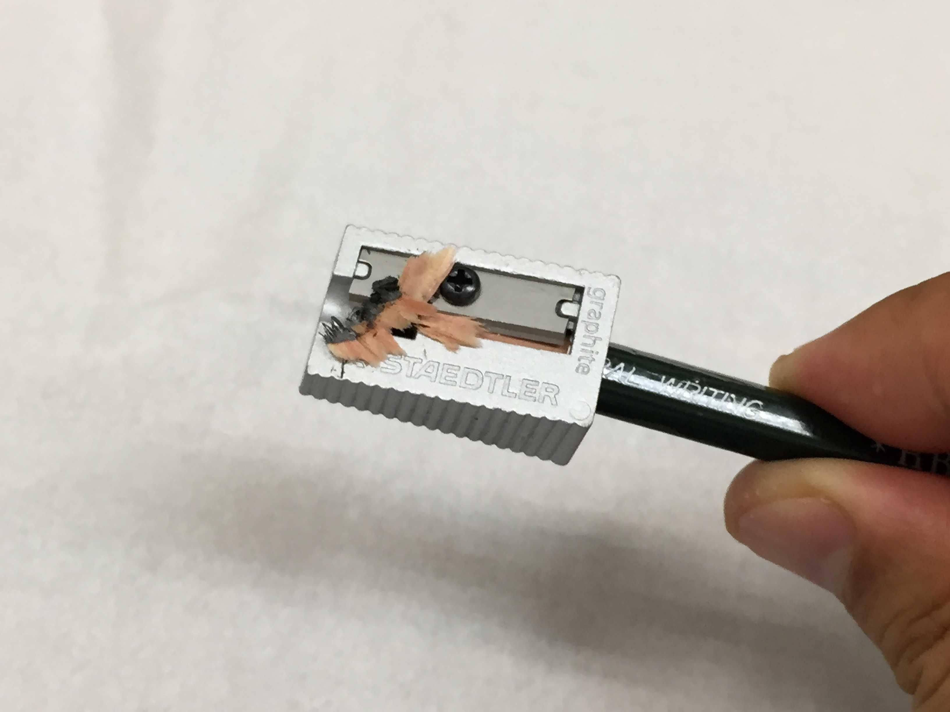 鉛筆の削りかす