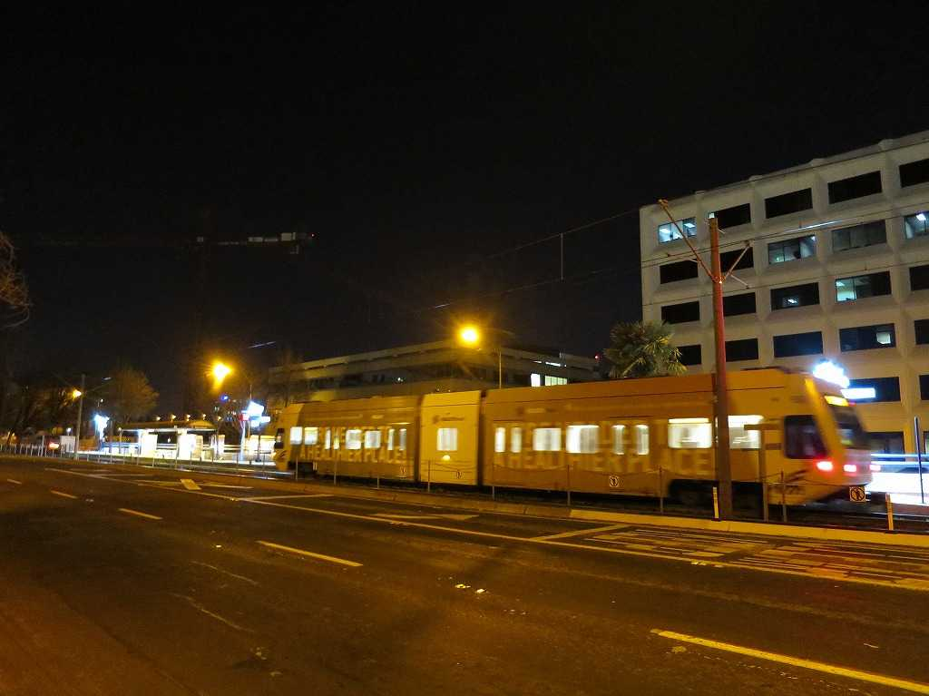 サンノゼ - 通過する VTAライトレール