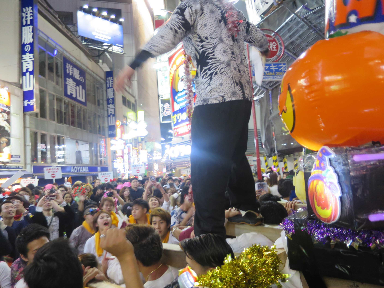 渋谷ハロウィーン - 神輿の掛け声