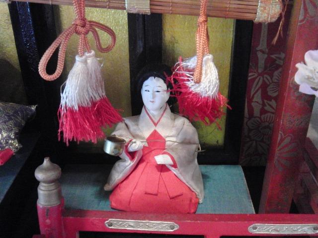 鞆 - やさしい表情の雛人形