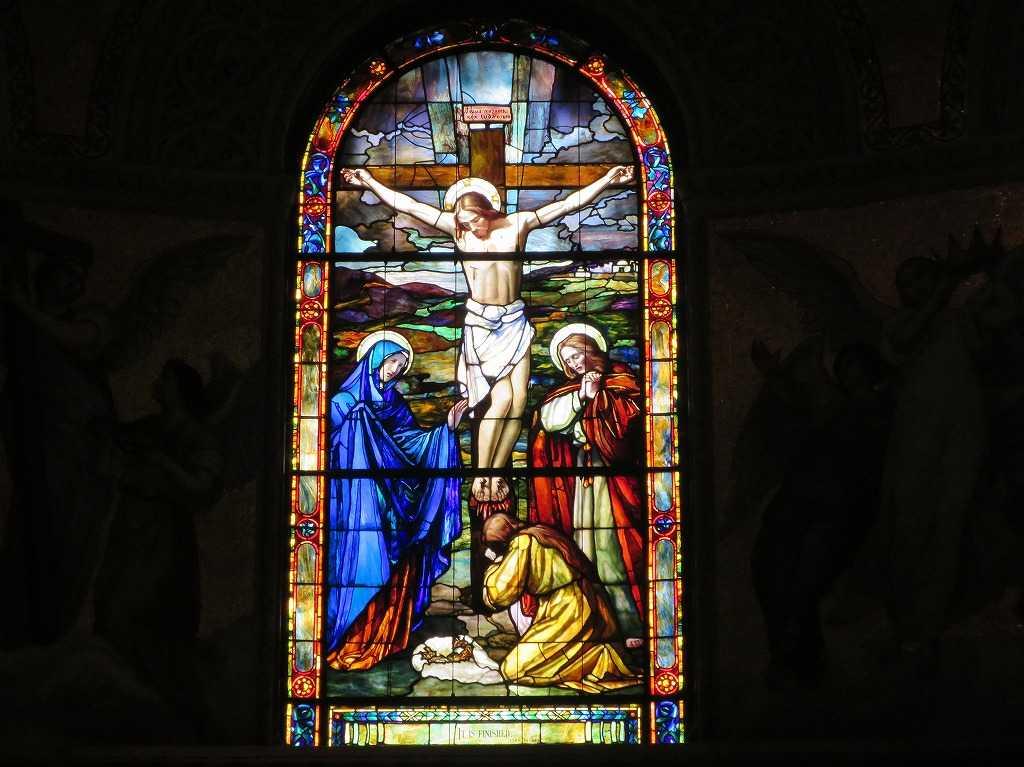 スタンフォード大学 - 磔にされるキリスト