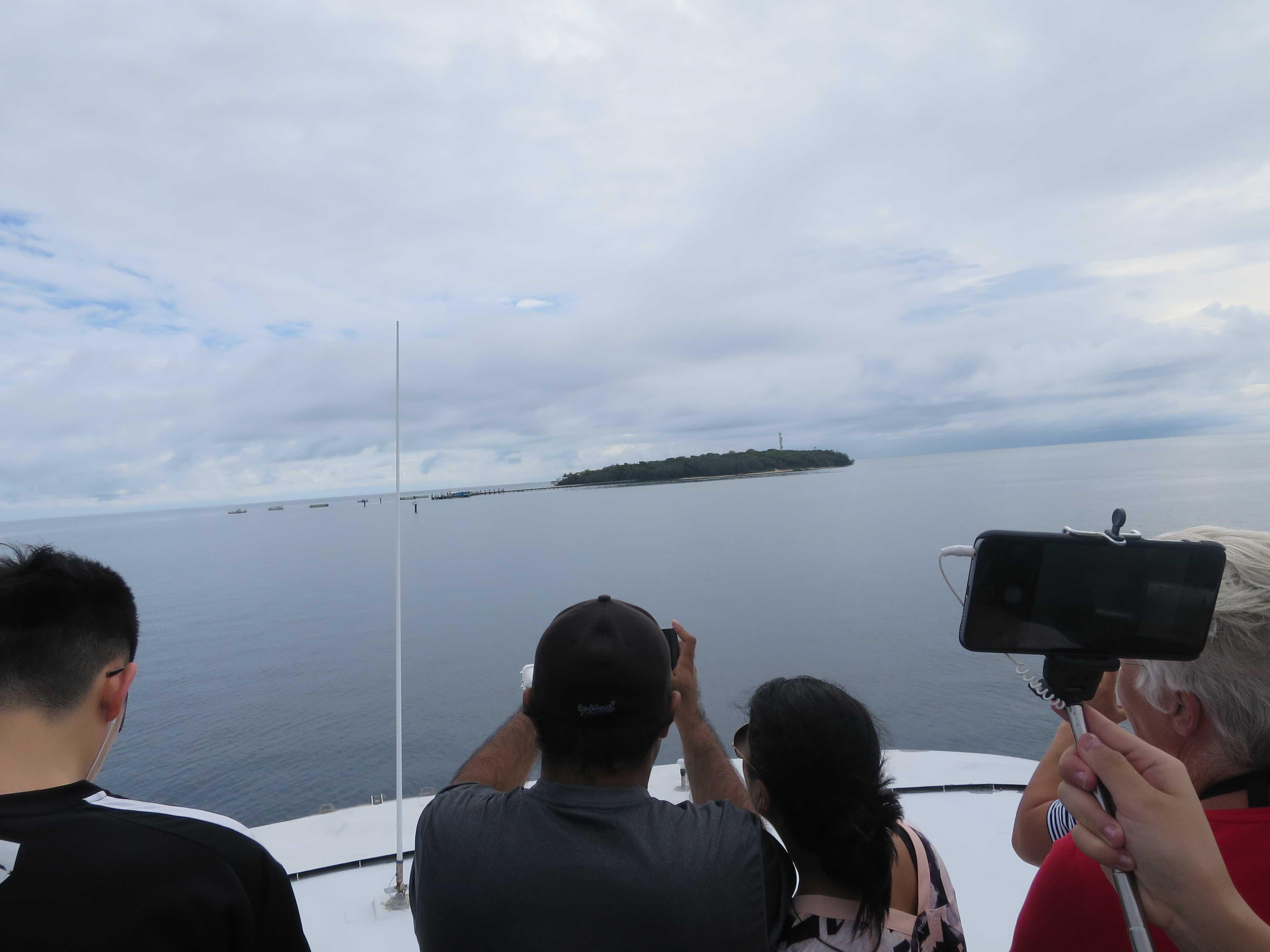 グリーン島が見えてきました