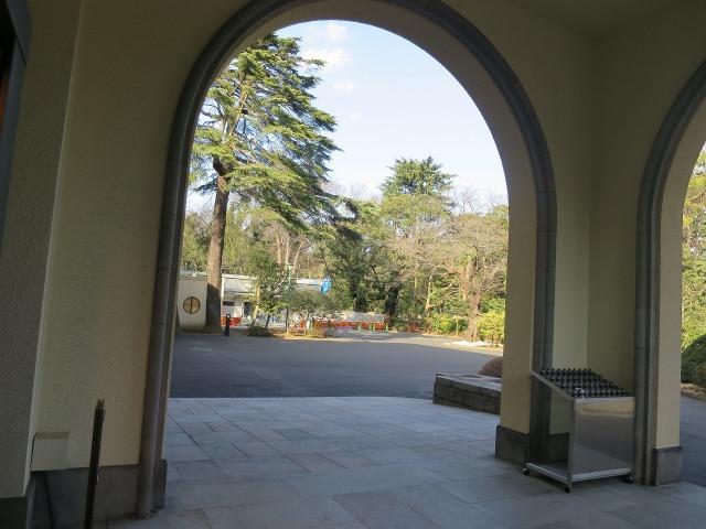 アールデコ様式の東京都庭園美術館(旧朝香宮邸)