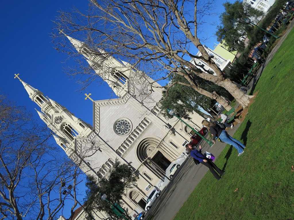 ワシントン広場の聖ペテロ&パウロ教会
