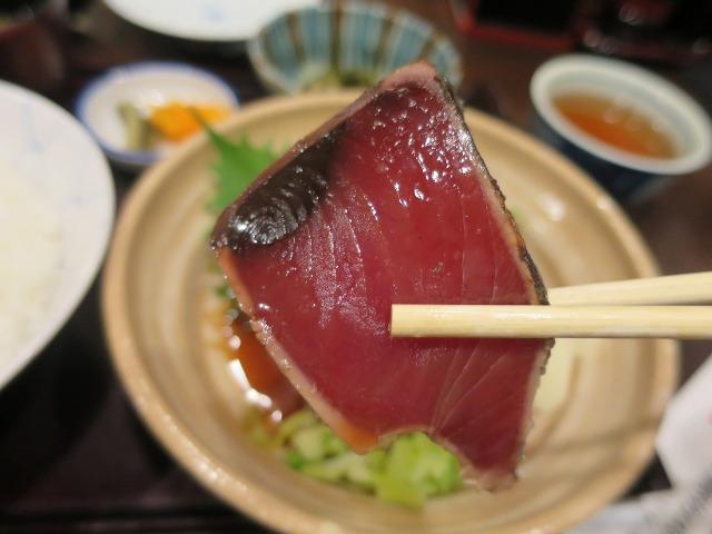 こじゃんとうまい!(すごくおいしい!)鰹のたたき定食