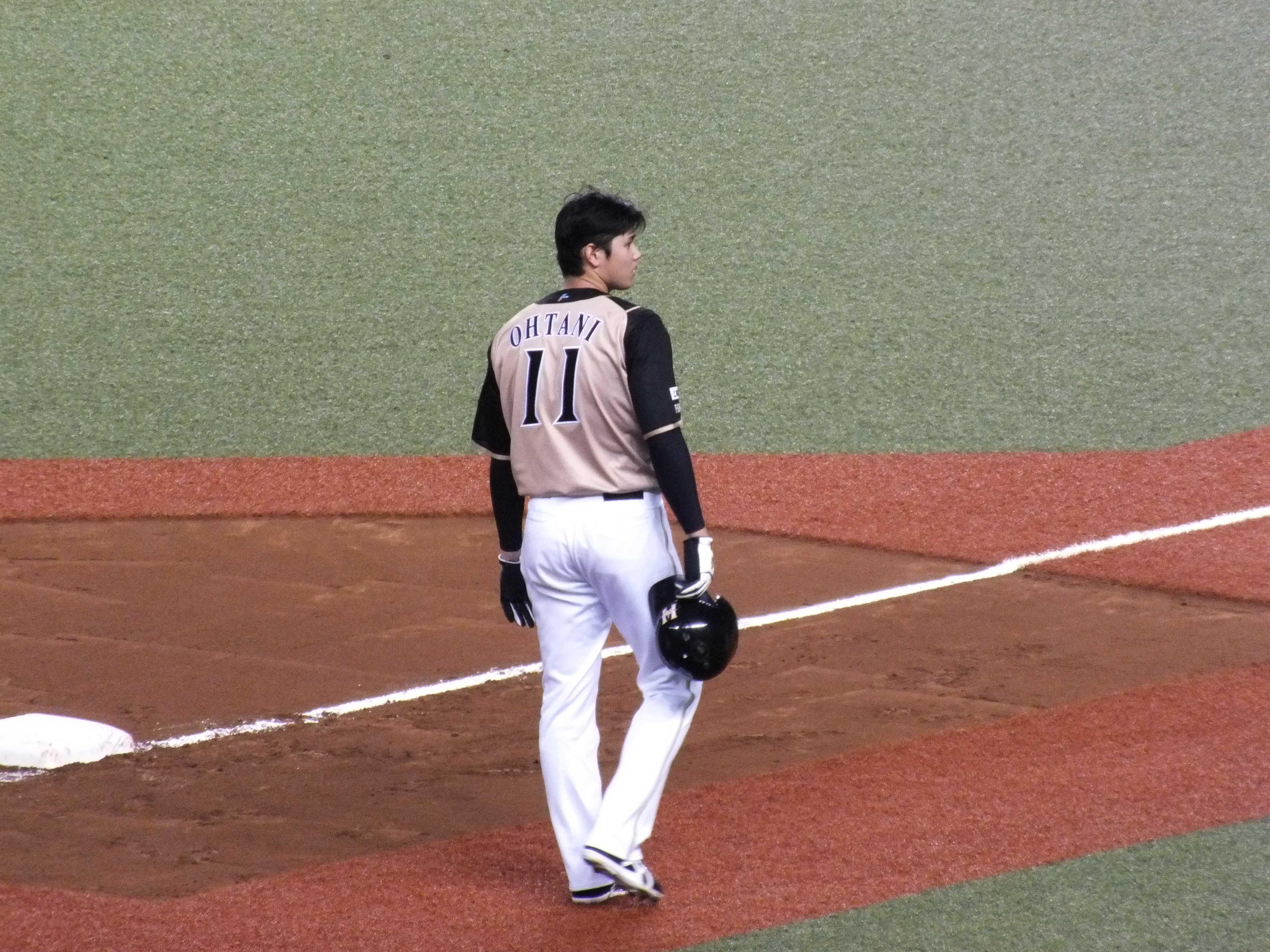 OHTANI 11 (大谷翔平 背番号11)
