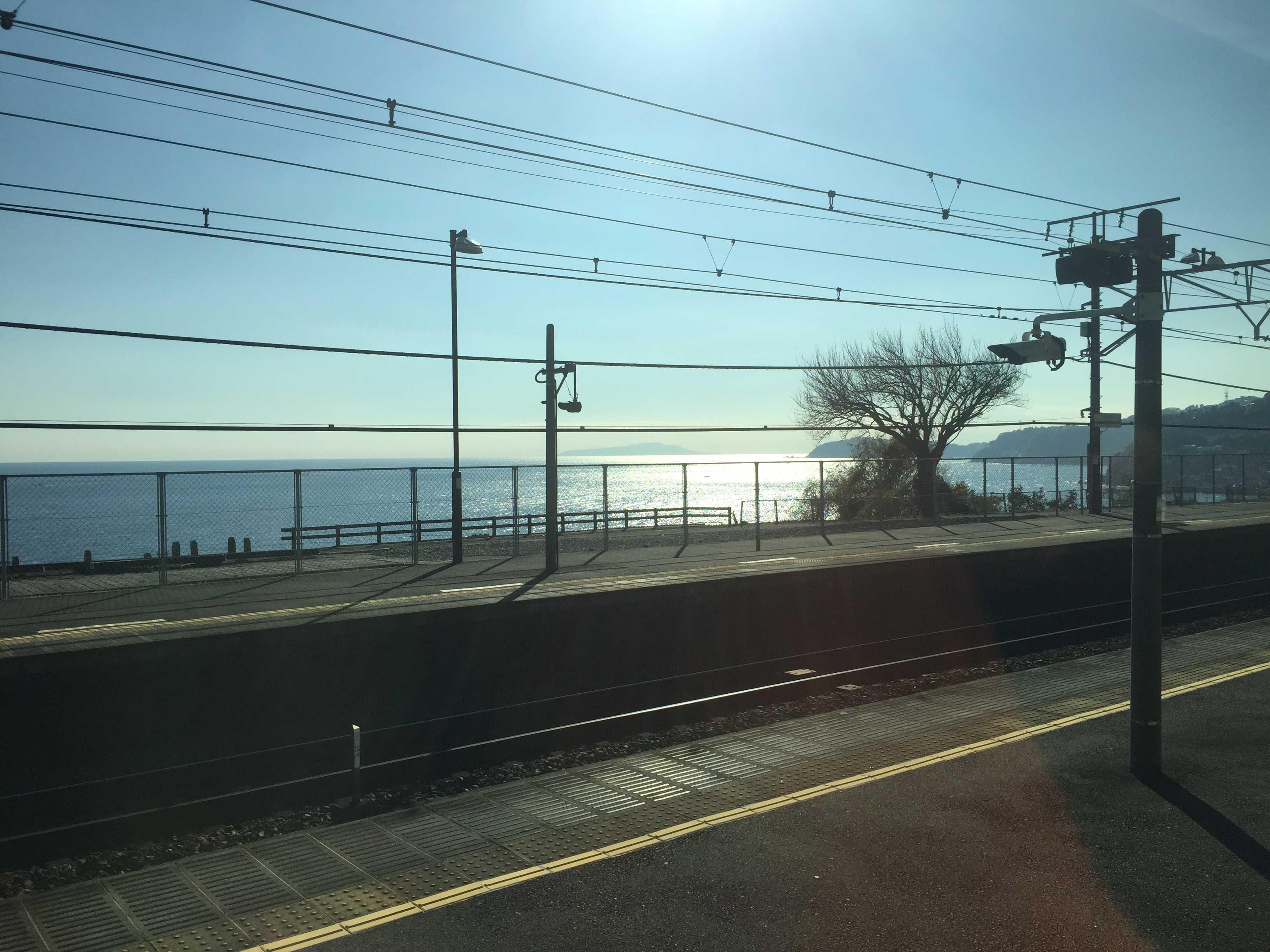 JR根府川駅(ねぶかわえき)