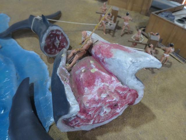 高知城のジオラマ - 捕鯨した鯨の解体