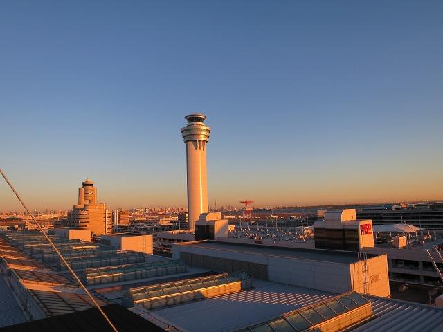 羽田空港管制塔(東京国際空港管制塔)