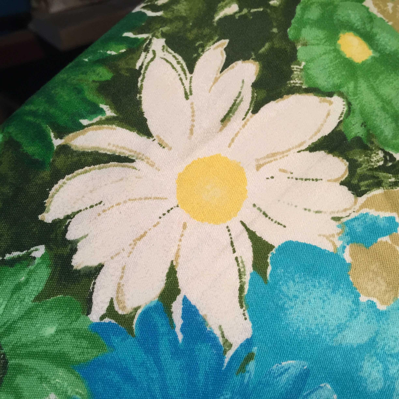 白い花のかけぶとん