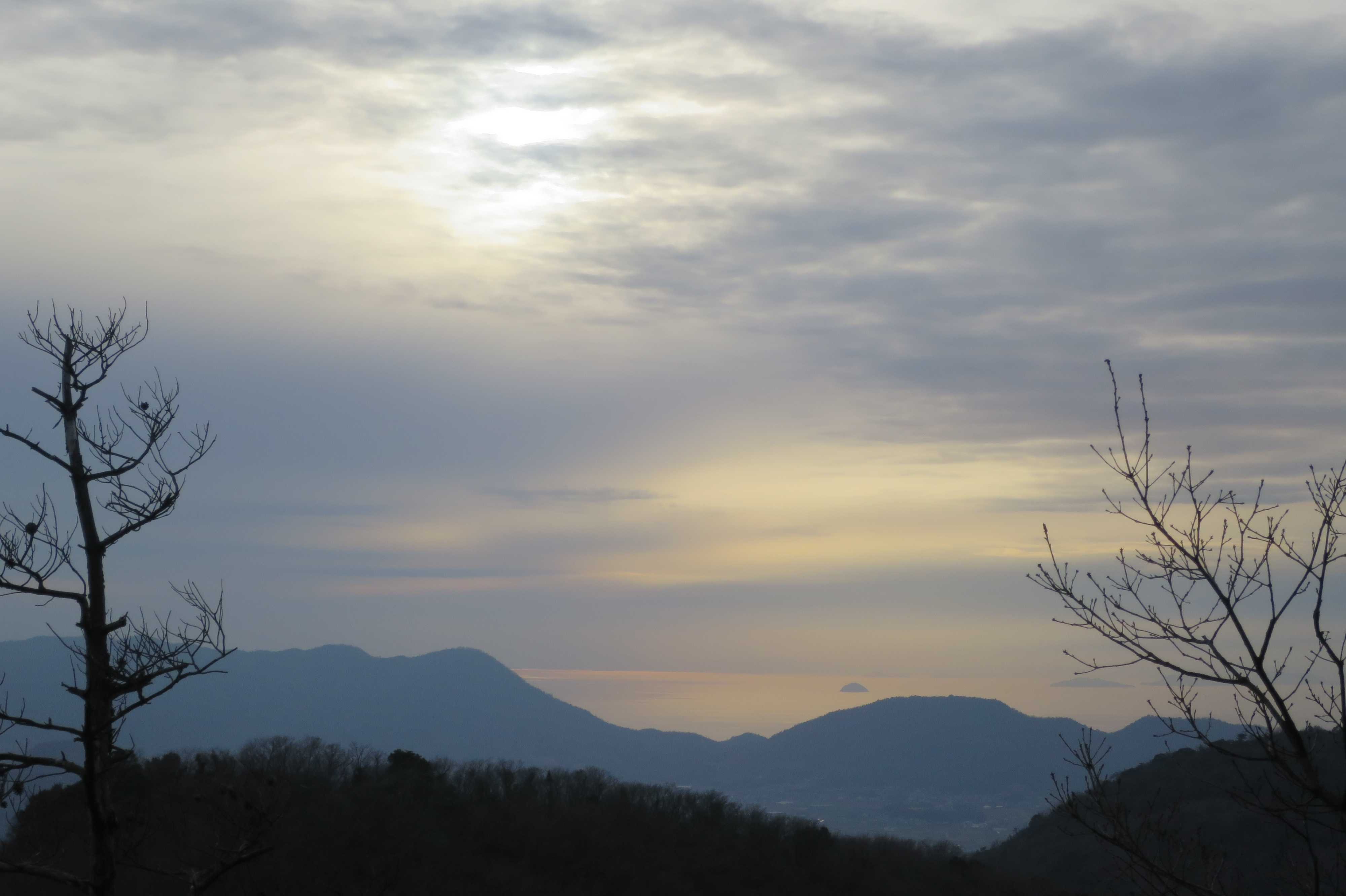 夕陽に染まる瀬戸内海 - 奥の院捨身ヶ嶽禅定