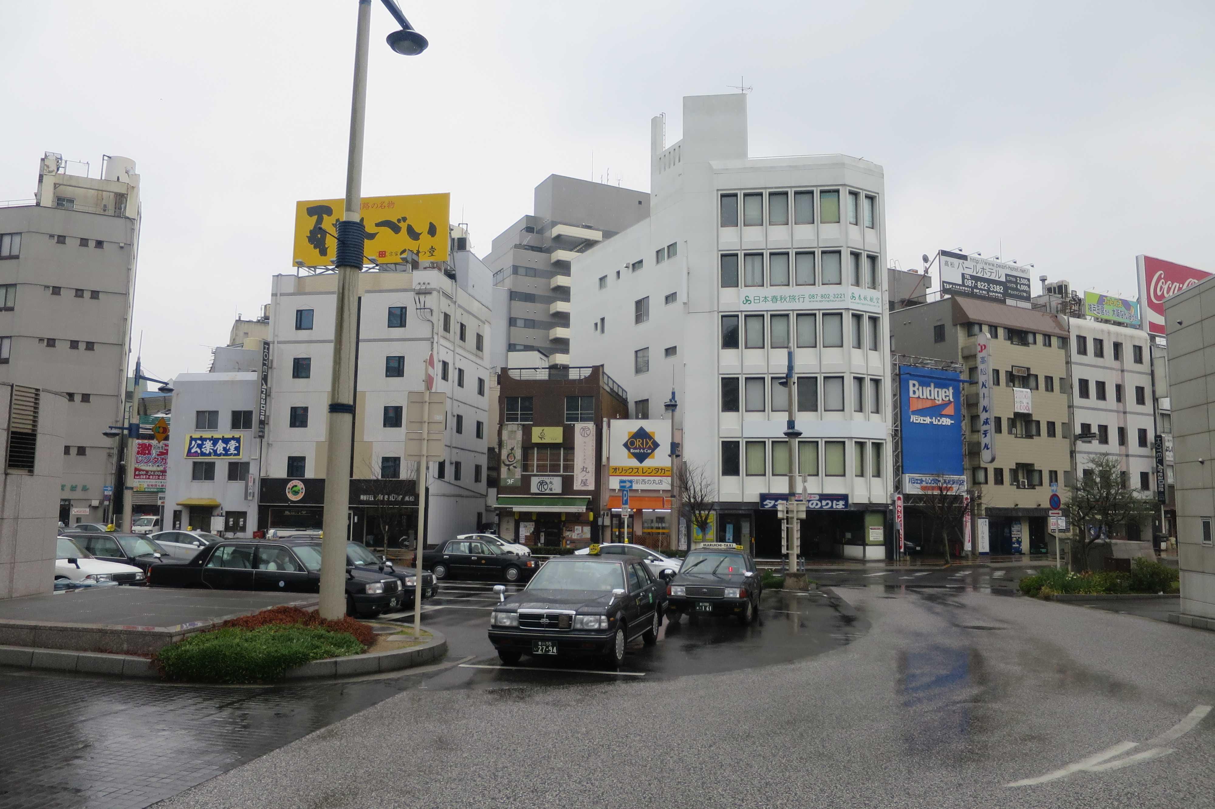 JR高松駅前