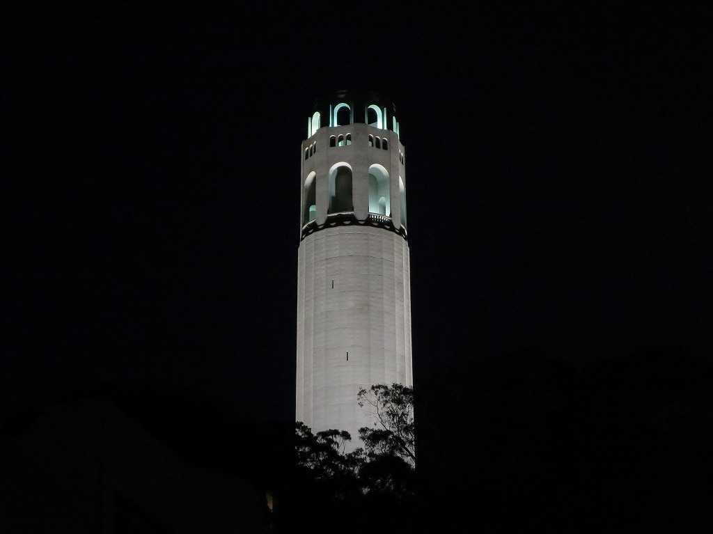 夜のコイトタワー