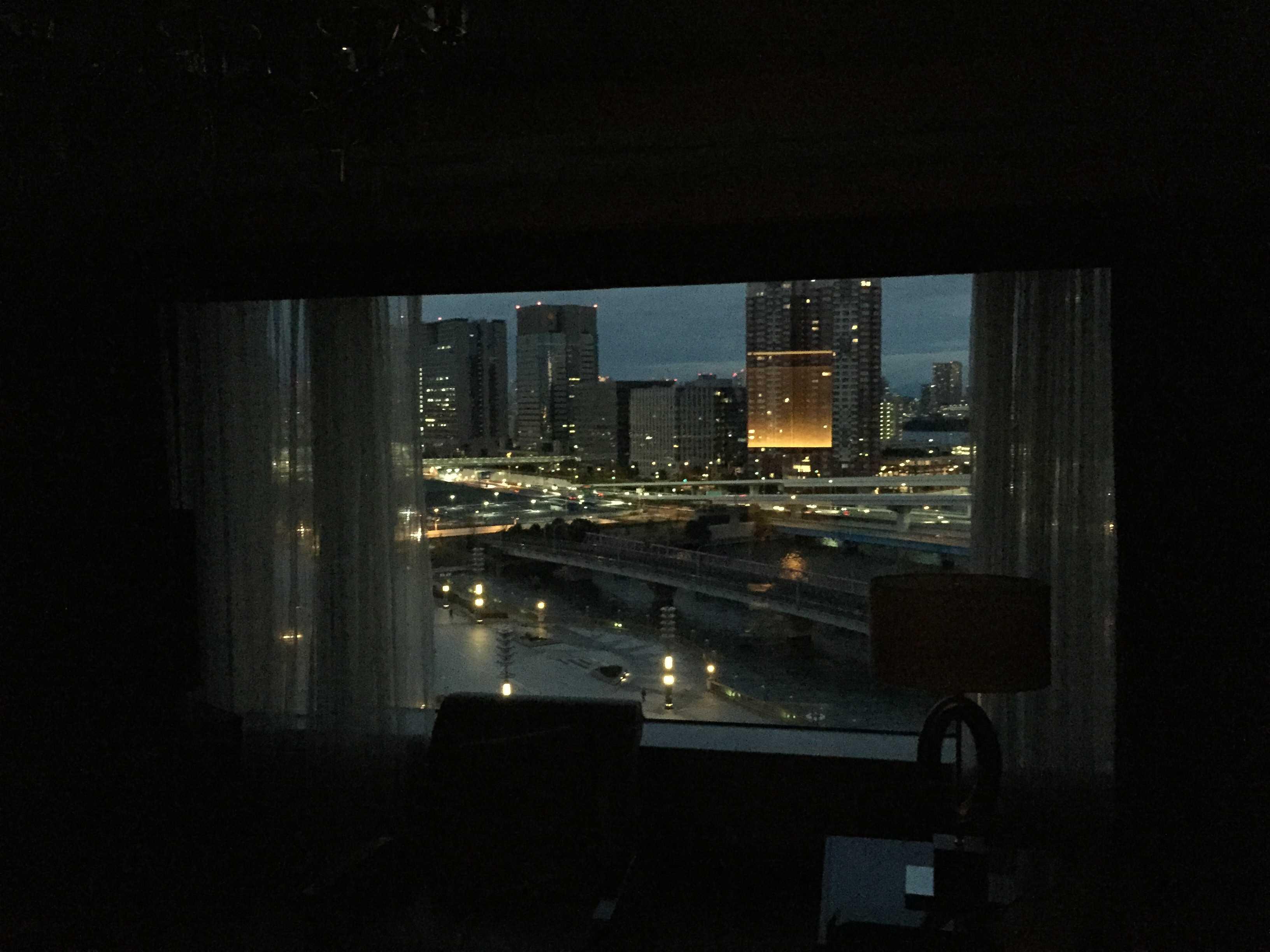 東京ベイコート倶楽部 - 窓の景色