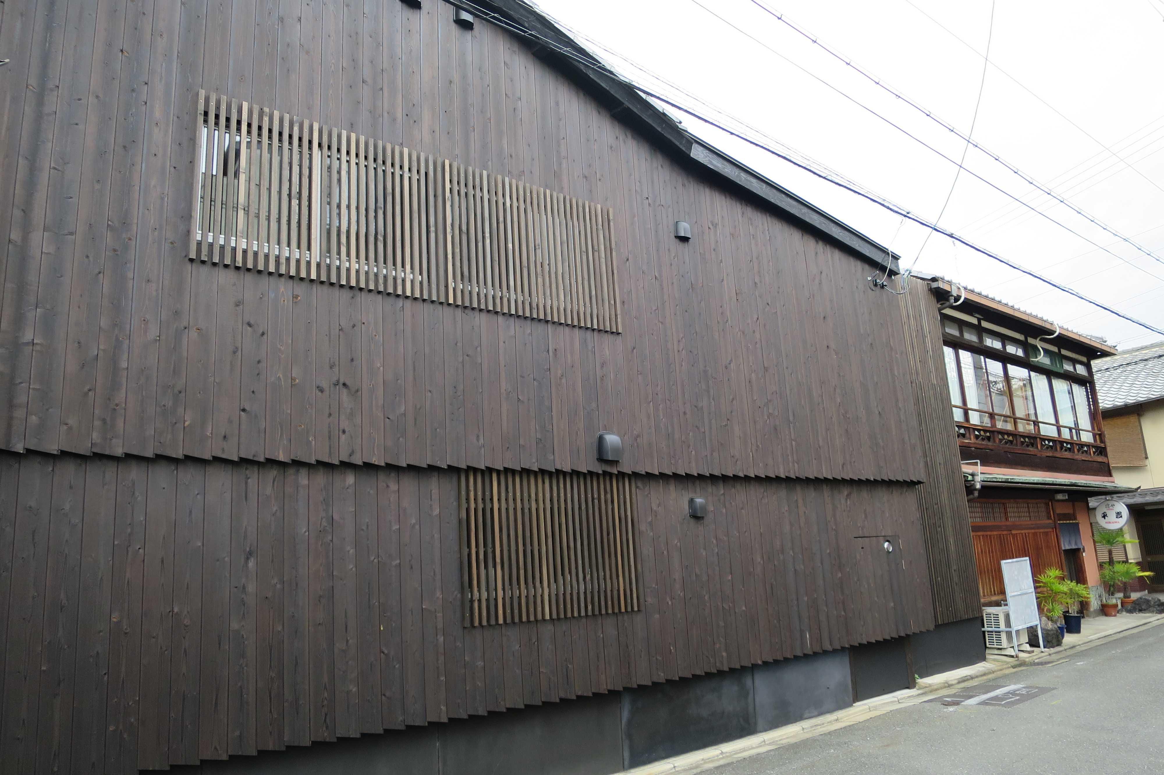 平成の日本の京都の街並み