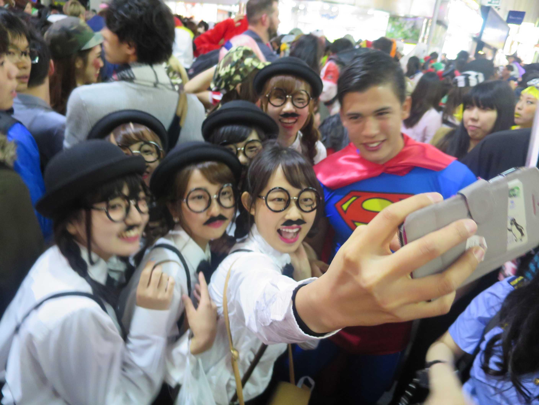 渋谷ハロウィン - イケメンスーパーマン