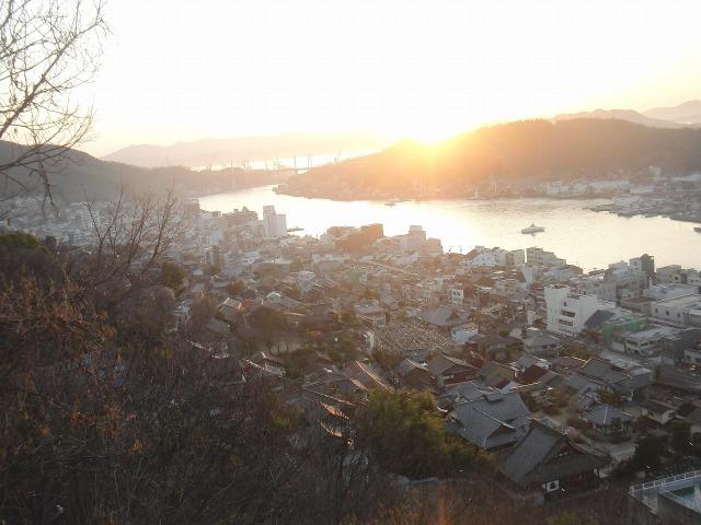 尾道水道の日の出