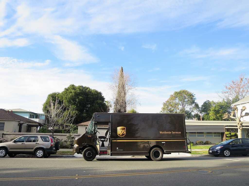 サンノゼ - UPSの配達トラック