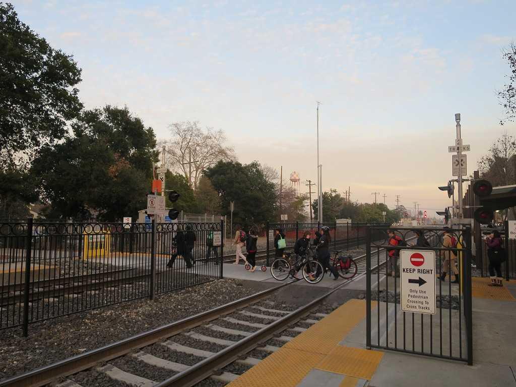 サニーベール駅