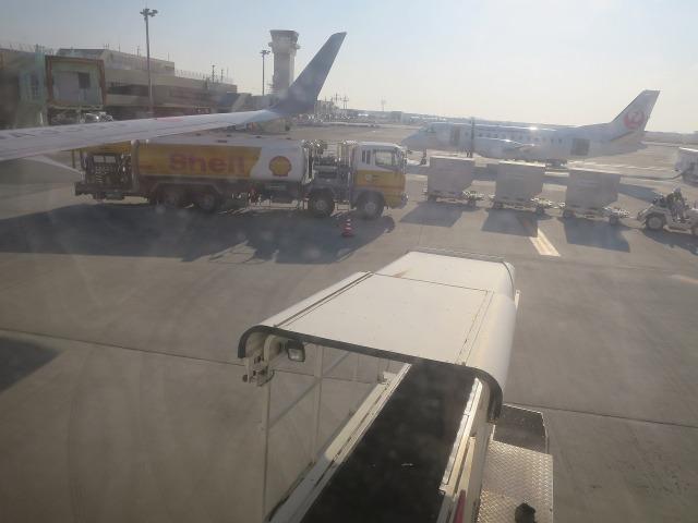 高知龍馬空港の給油用タンクローリー