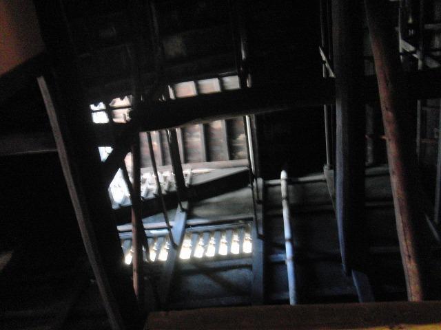 鞆・築うん百年の古商家の内部