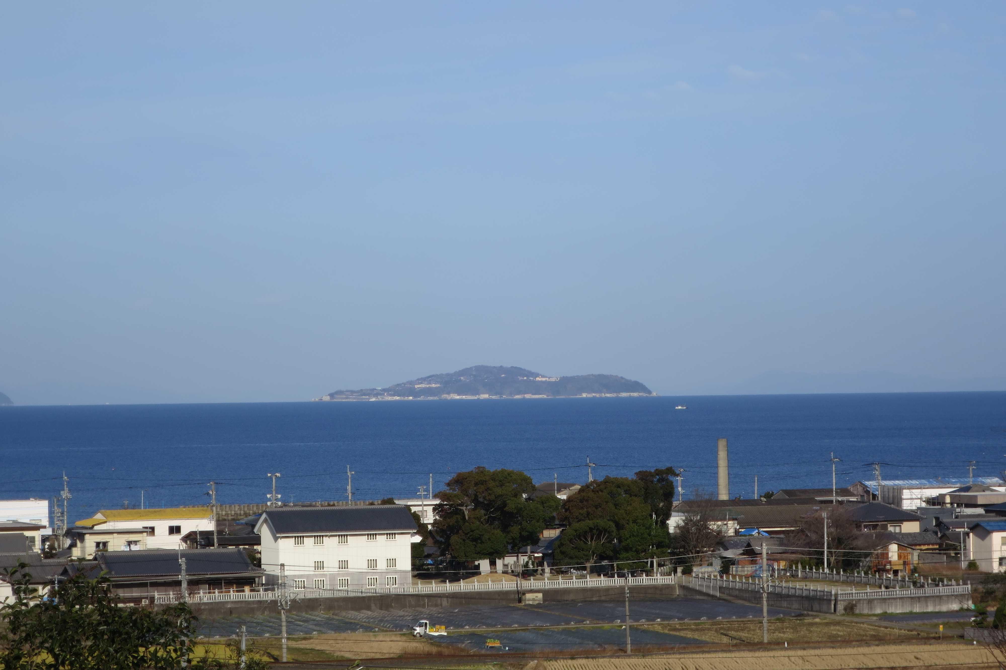 豊浜SAから見えた伊吹島と瀬戸内海