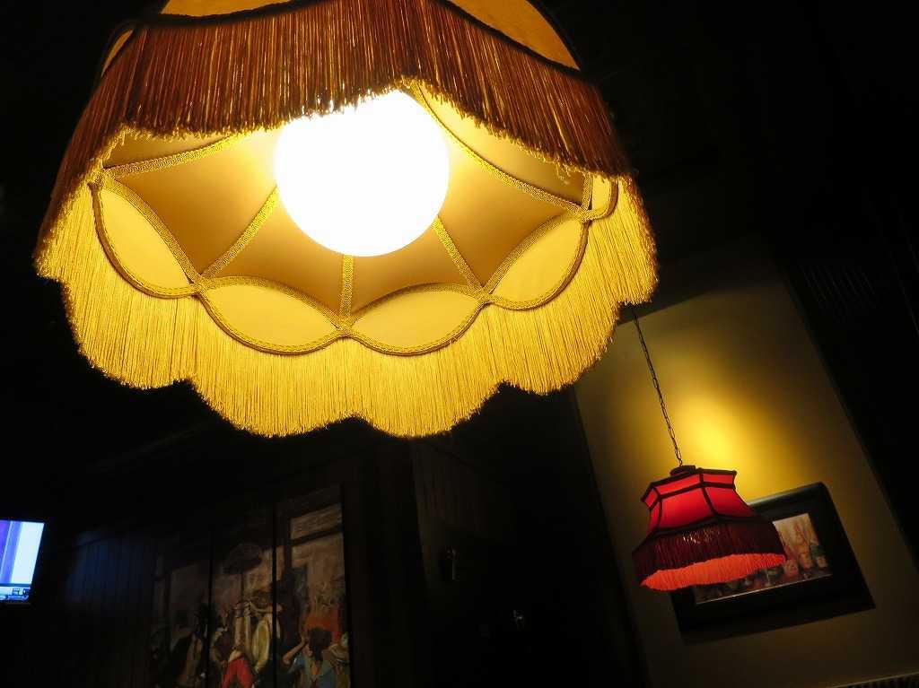 オールドスパゲティファクトリー・レッドウッドシティー店の照明