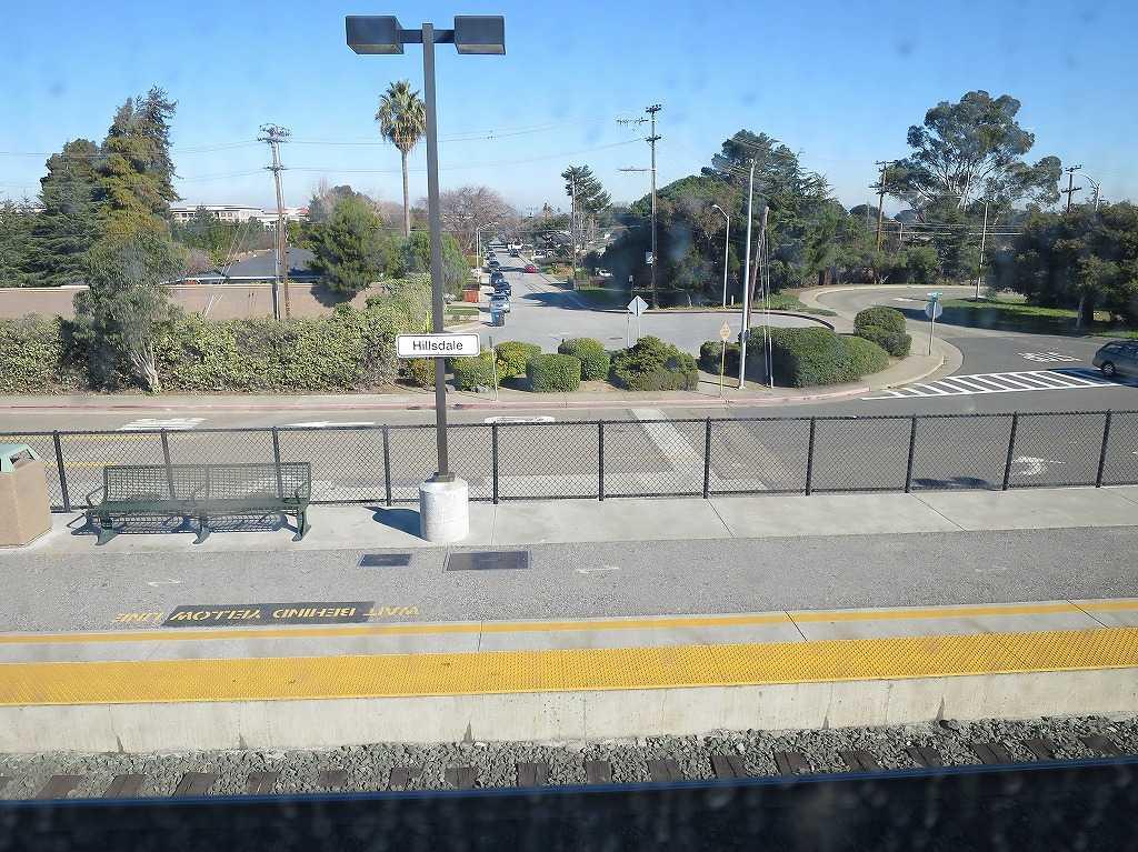カルトレインの車窓 25 - Hillsdale 駅