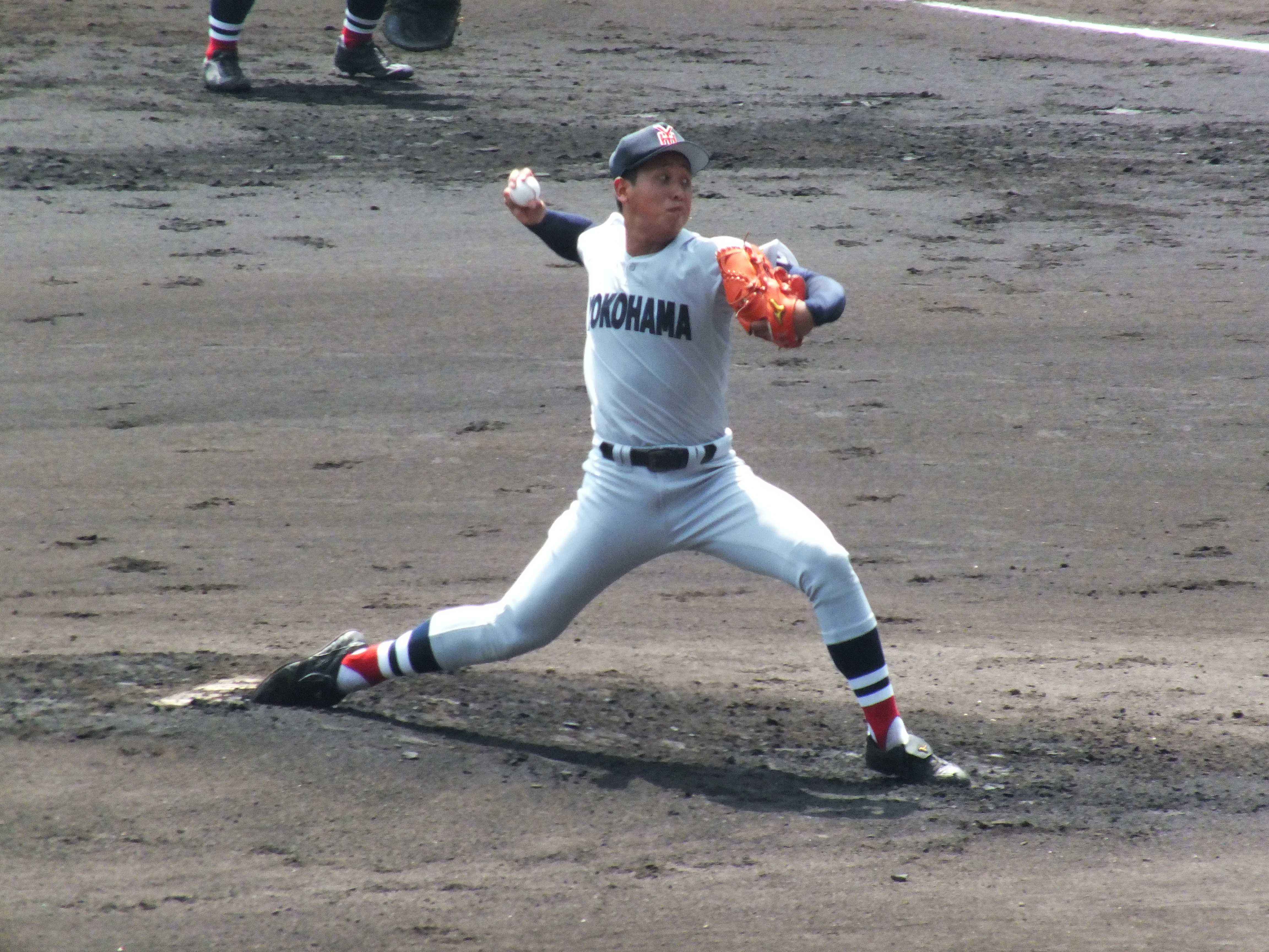 横浜高校・藤平尚真投手のピッチングフォーム