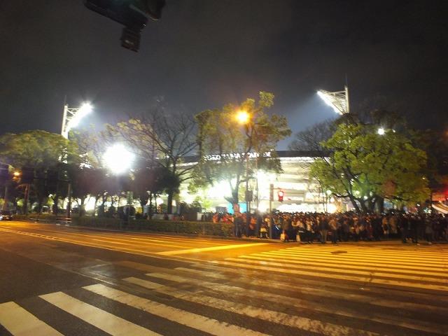 夜の横浜スタジアム