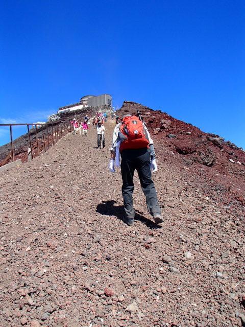 富士山に挑む監査役・たかちゃん