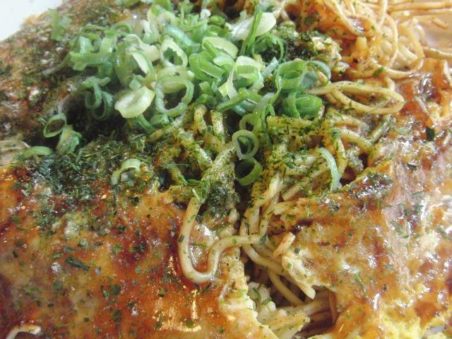 広島風お好み焼(牡蠣/かき入り肉玉そば)
