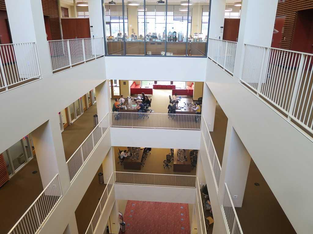 スタンフォード・ビジネススクールの内部