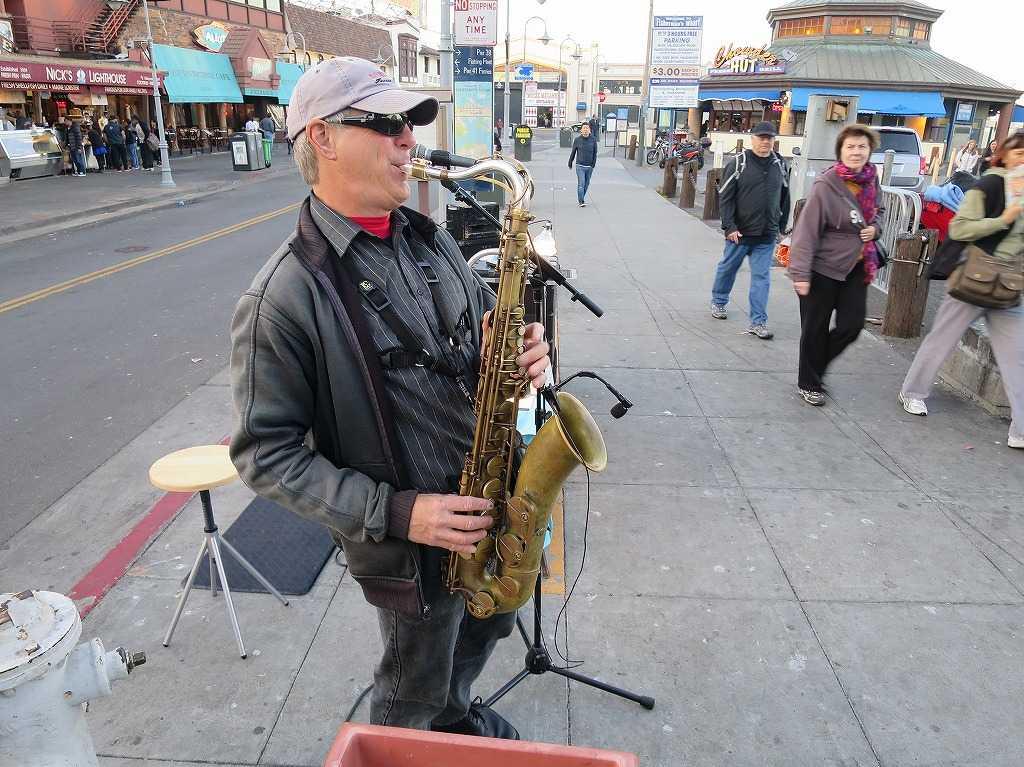 サンフランシスコ - サックス吹き