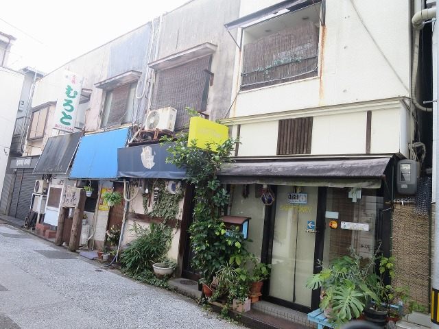高知市の路地裏の飲み屋