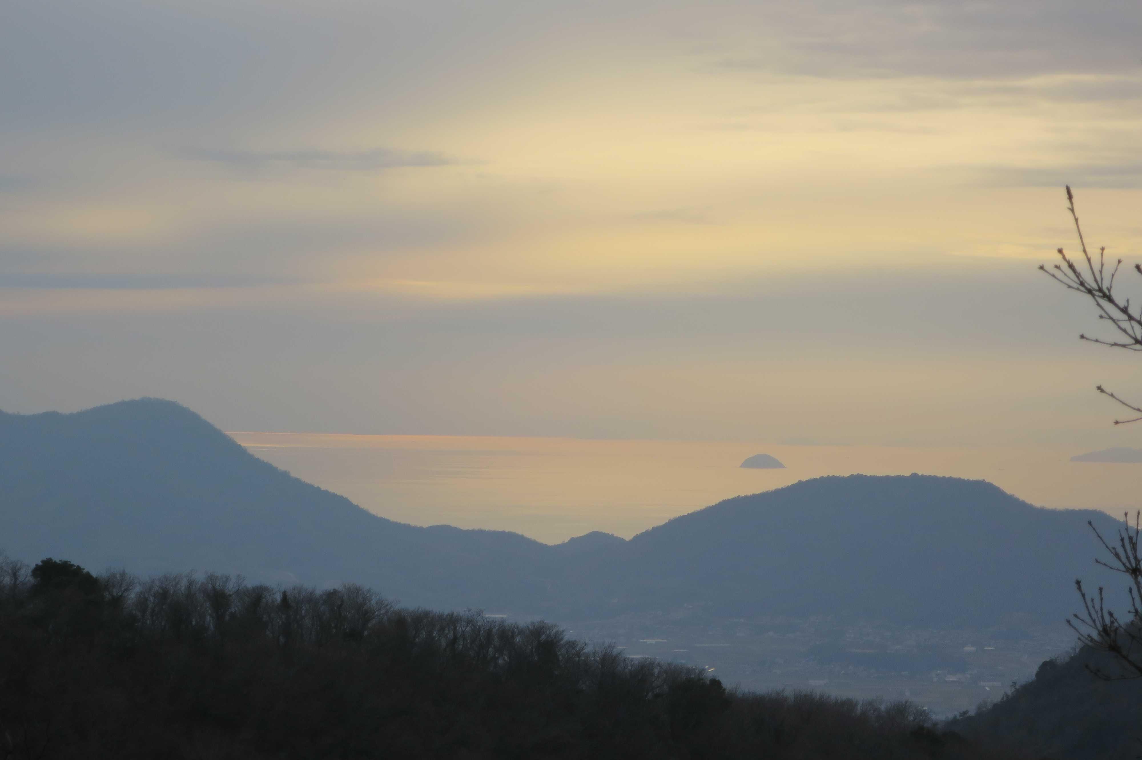 夕日に染まる瀬戸内海 - 奥の院捨身ヶ嶽禅定