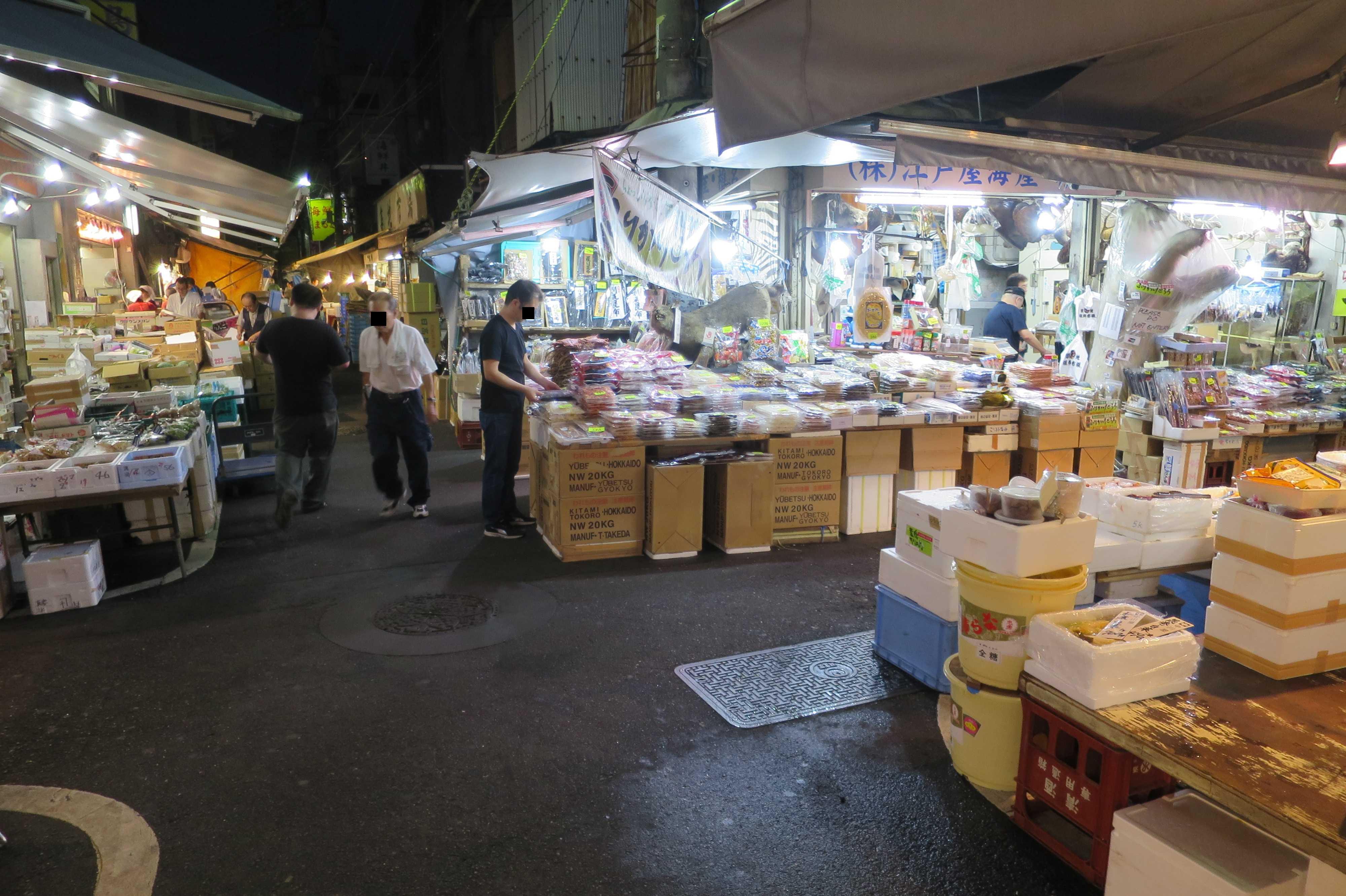 築地場外市場 - 四つ角(十字路)