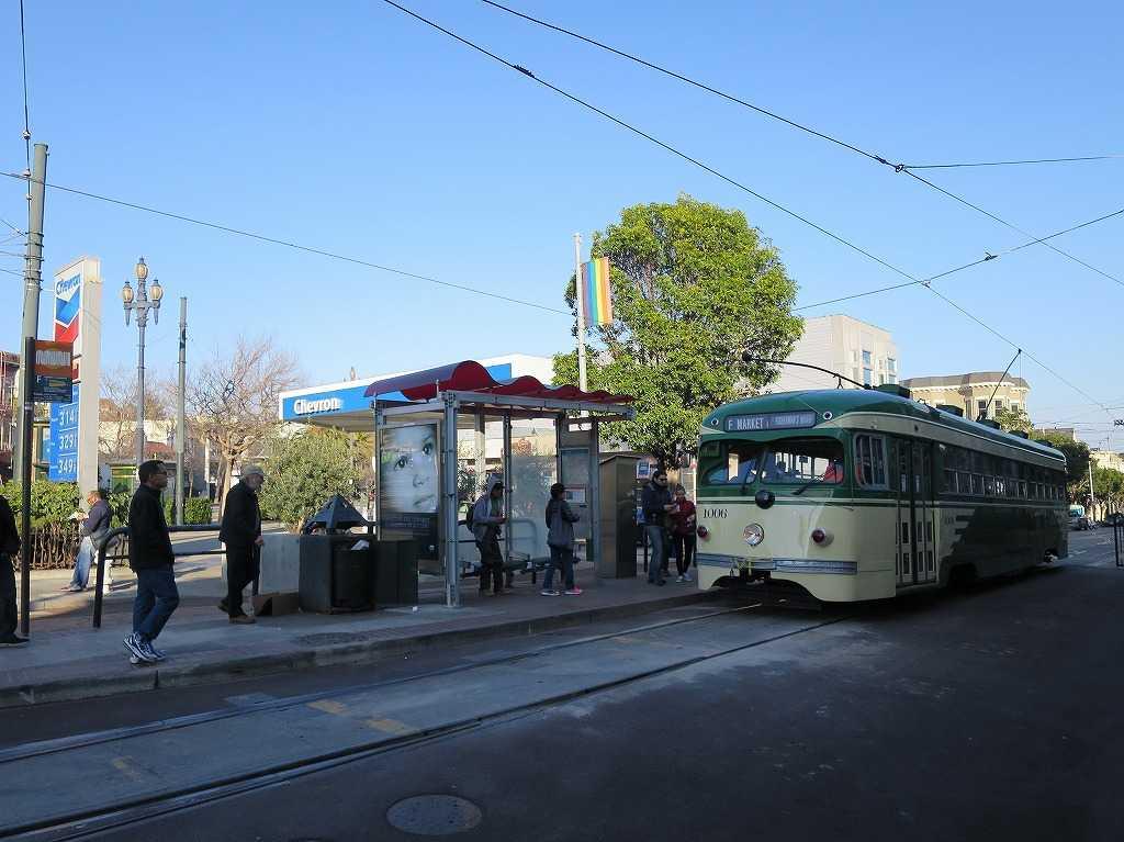 サンフランシスコ - Fラインの終点(起点)のカストロ駅