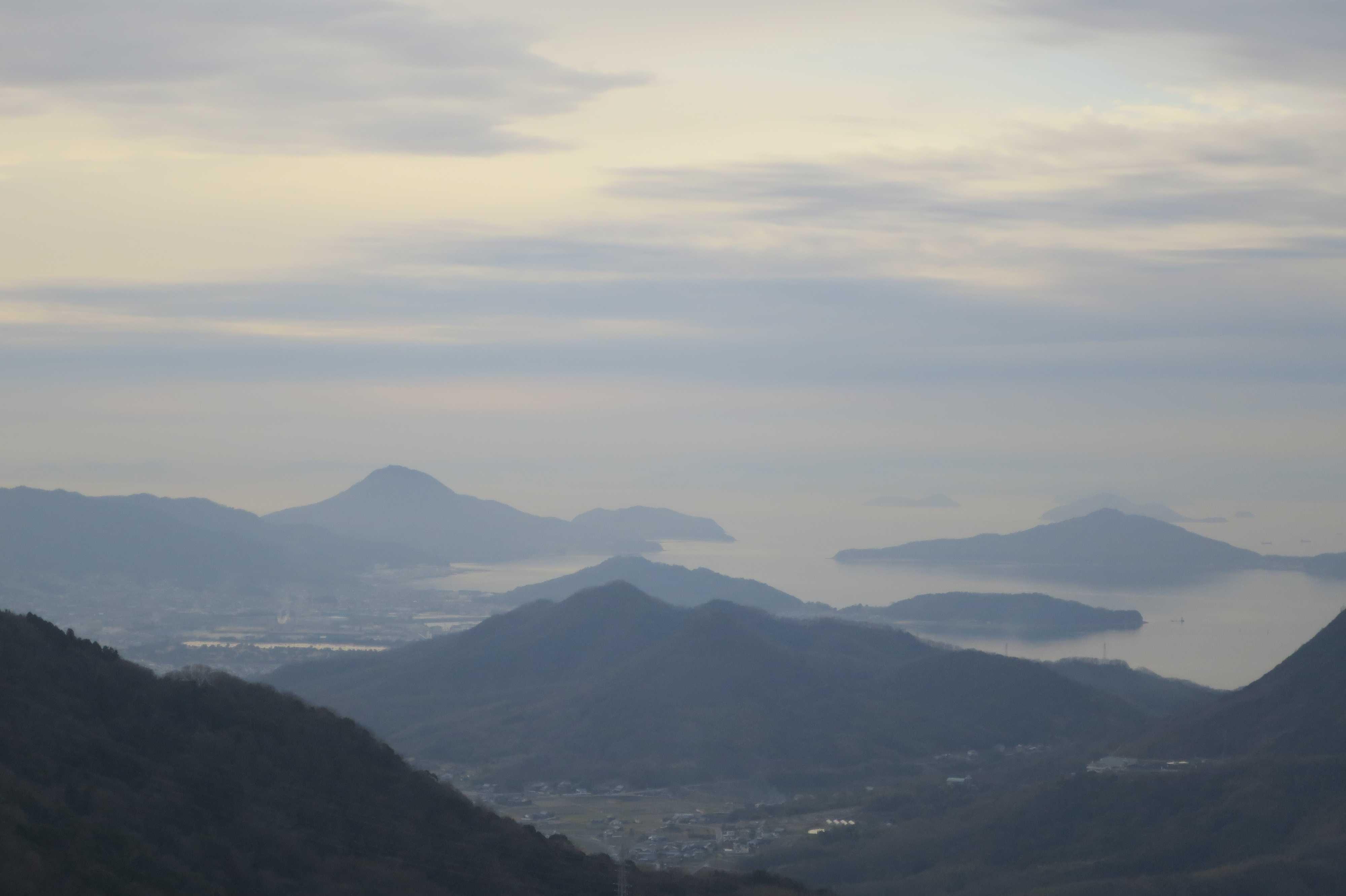 捨身ヶ嶽禅定から見えた瀬戸内海の島々
