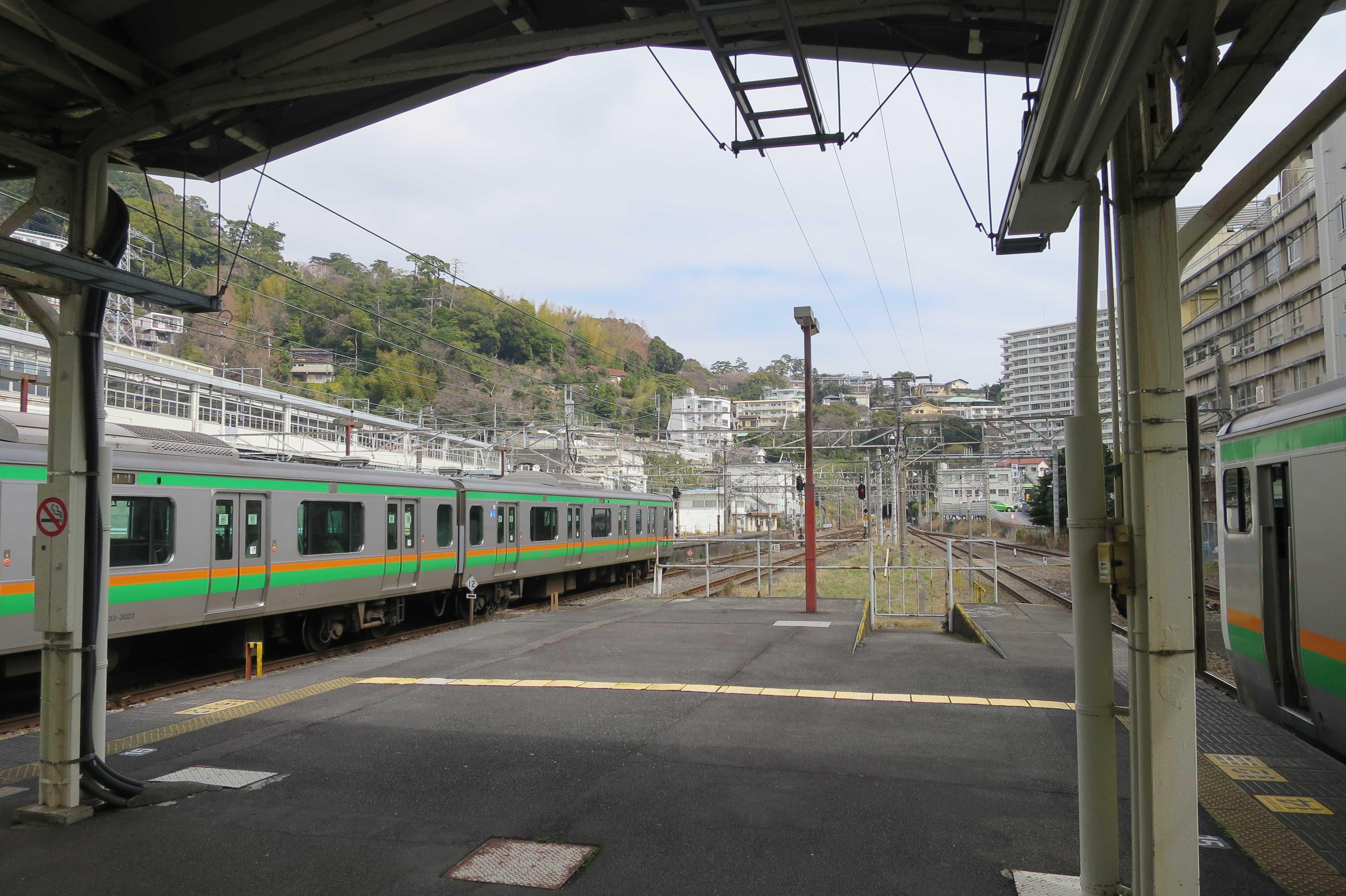 東海道線 - 熱海駅