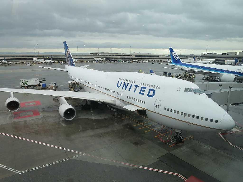UNITED(ユナイテッド航空)NH7013