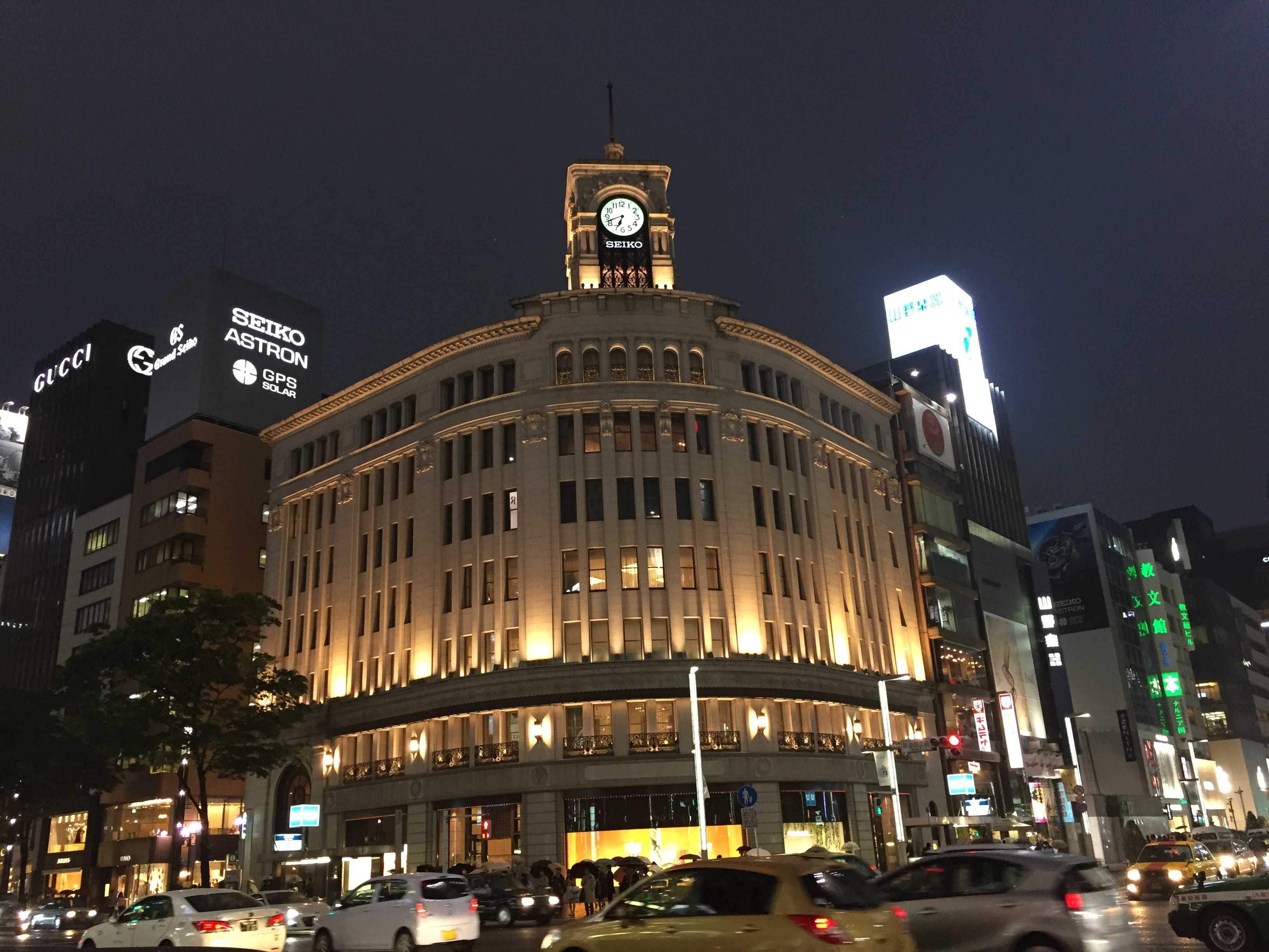 銀座和光本店 銀座の象徴的な存在の時計塔