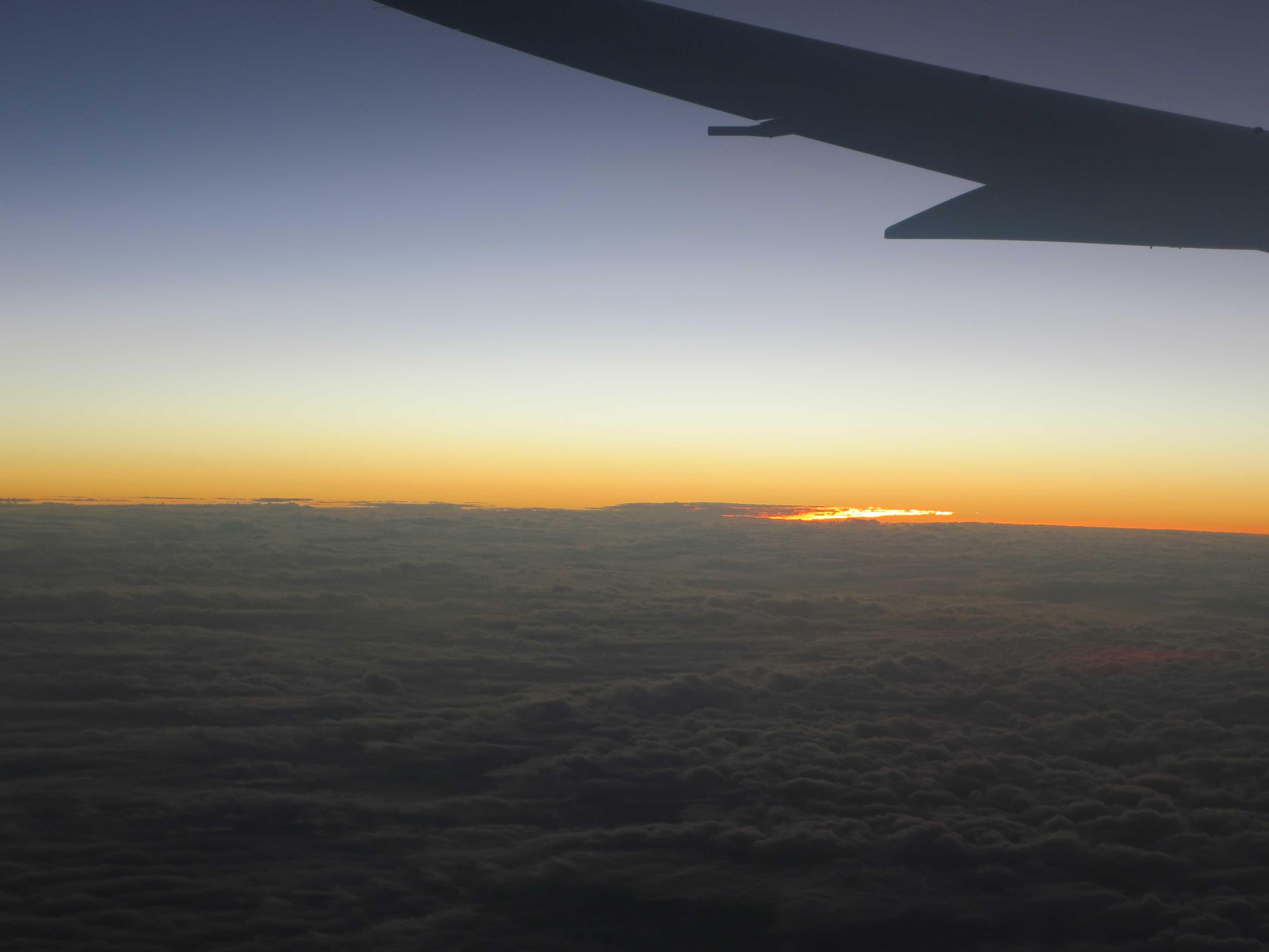 ジェットスター機内から見えた夕焼け