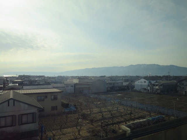 新幹線の車窓
