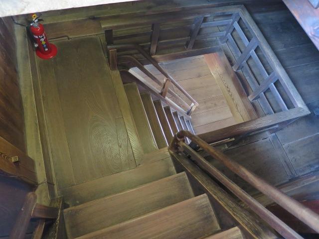天守閣への階段