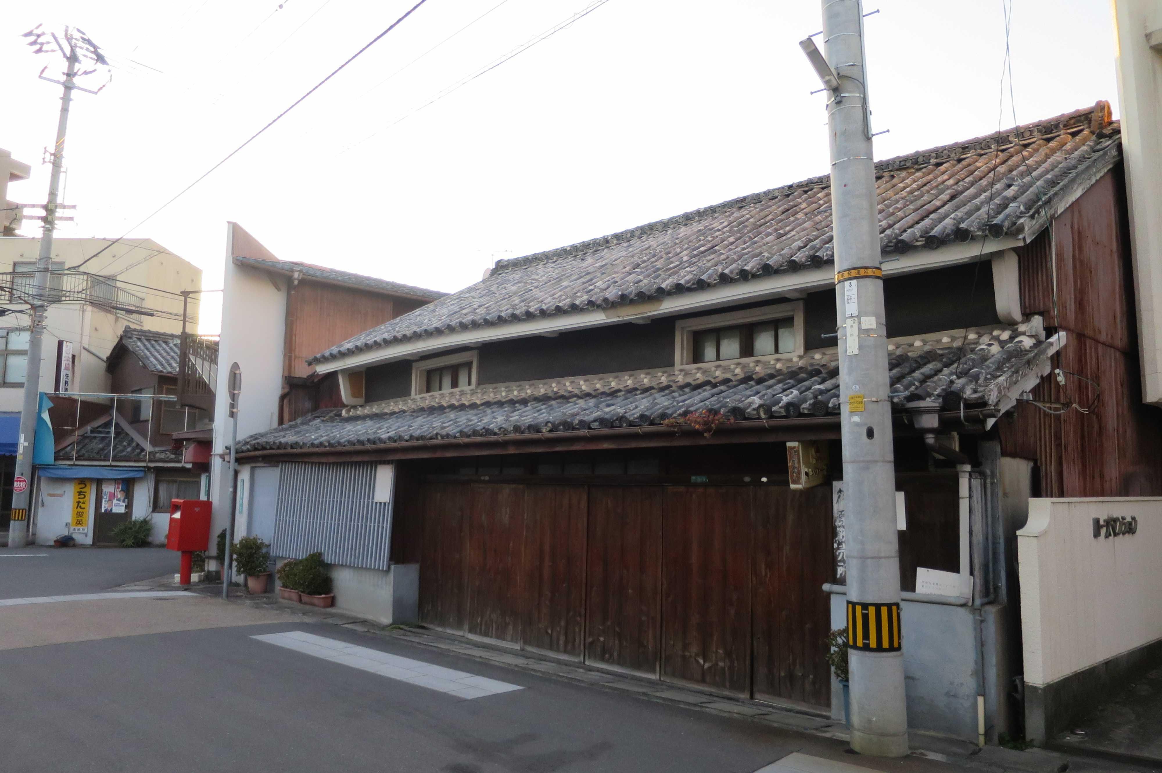 丸亀の古い家