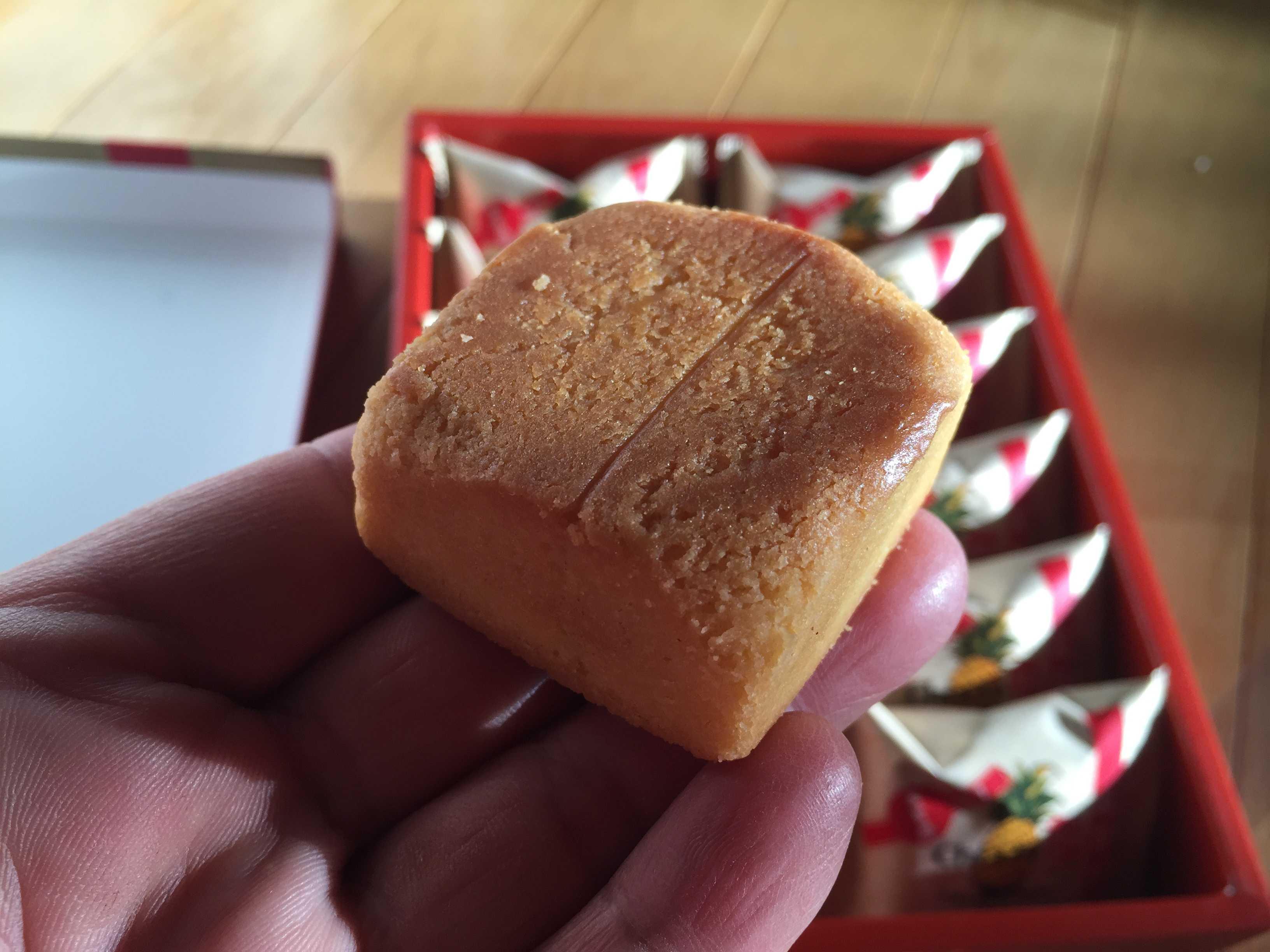 Chia Te(佳徳鳳梨酥/佳徳糕餅) のパイナップルケーキ