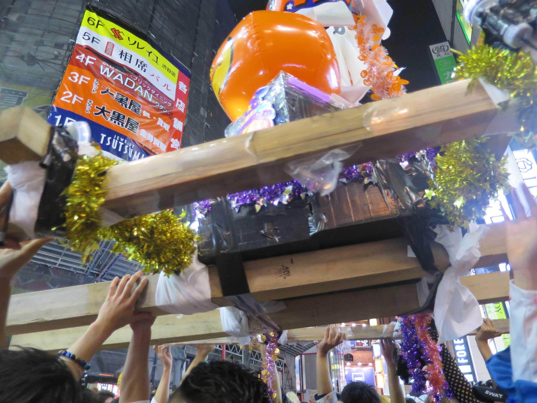 渋谷ハロウィーン - カボチャ神輿の渡御